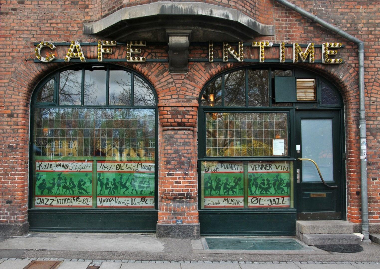 Café Intime - Karin Skaarup