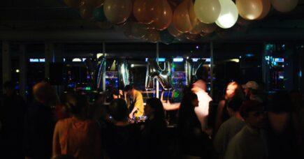 VINK 2 år: Disco, bowling og brandbiler!