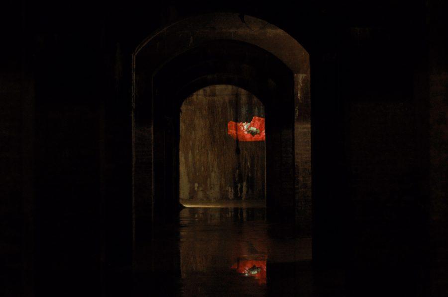 Cisternerne skaber et udgangspunkt for kunsten, som giver en helt unik oplevelse. //Foto: Augusta Carøe