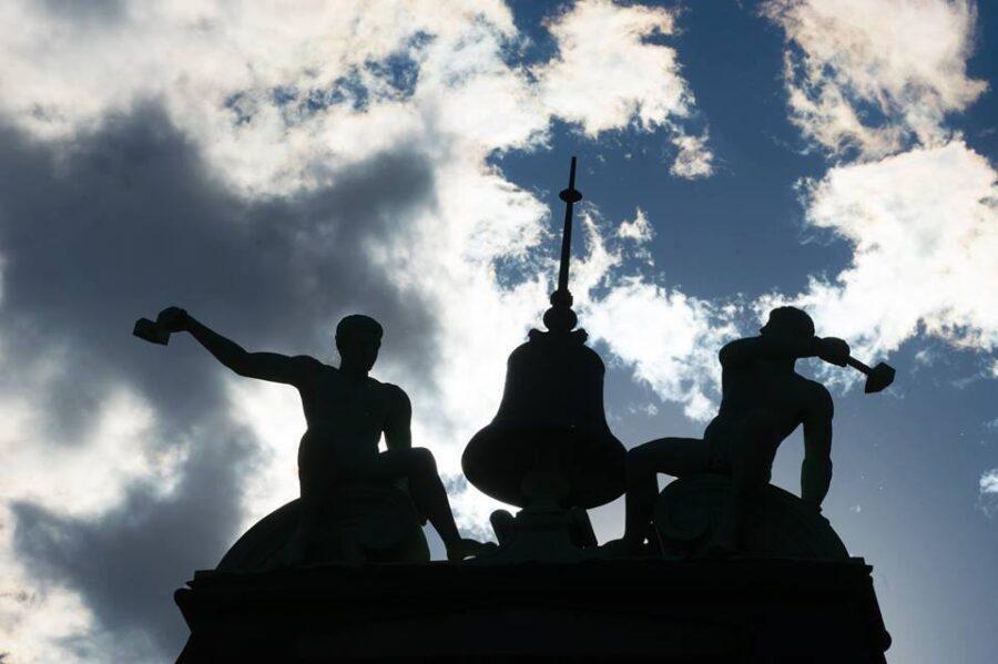 Skulpturer på bygninger i Carlsberg byen // Foto: Kim Jasper