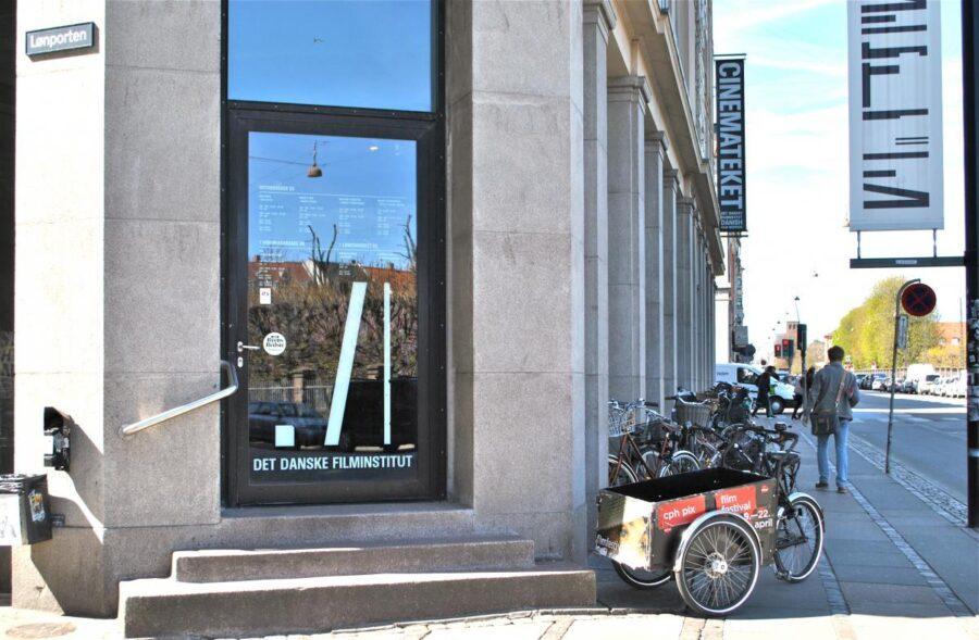 cinematekets-bibliotek-og-arkiv-mathilde-wendelboe