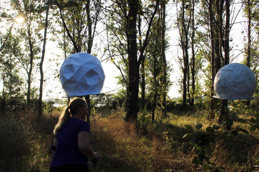 Hovedløse planeter af Julie Bjørnskov // Nanna Claudius Bergø