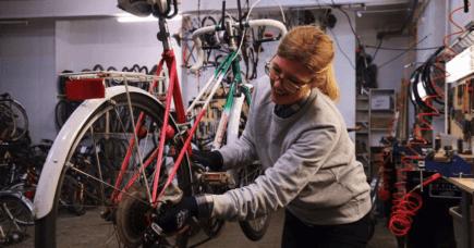 Kvinde, kend din kæde – og din karma