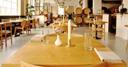 Øl og mad hos restaurant Spontan